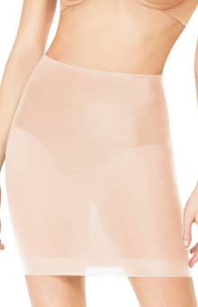 Featherweight Firmers Half Slip