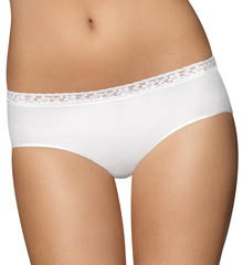 Comfort Revolution Seamless Lace Hipster Panty