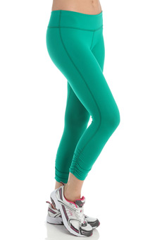 Beyond Yoga Supplex Gathered Capri Legging