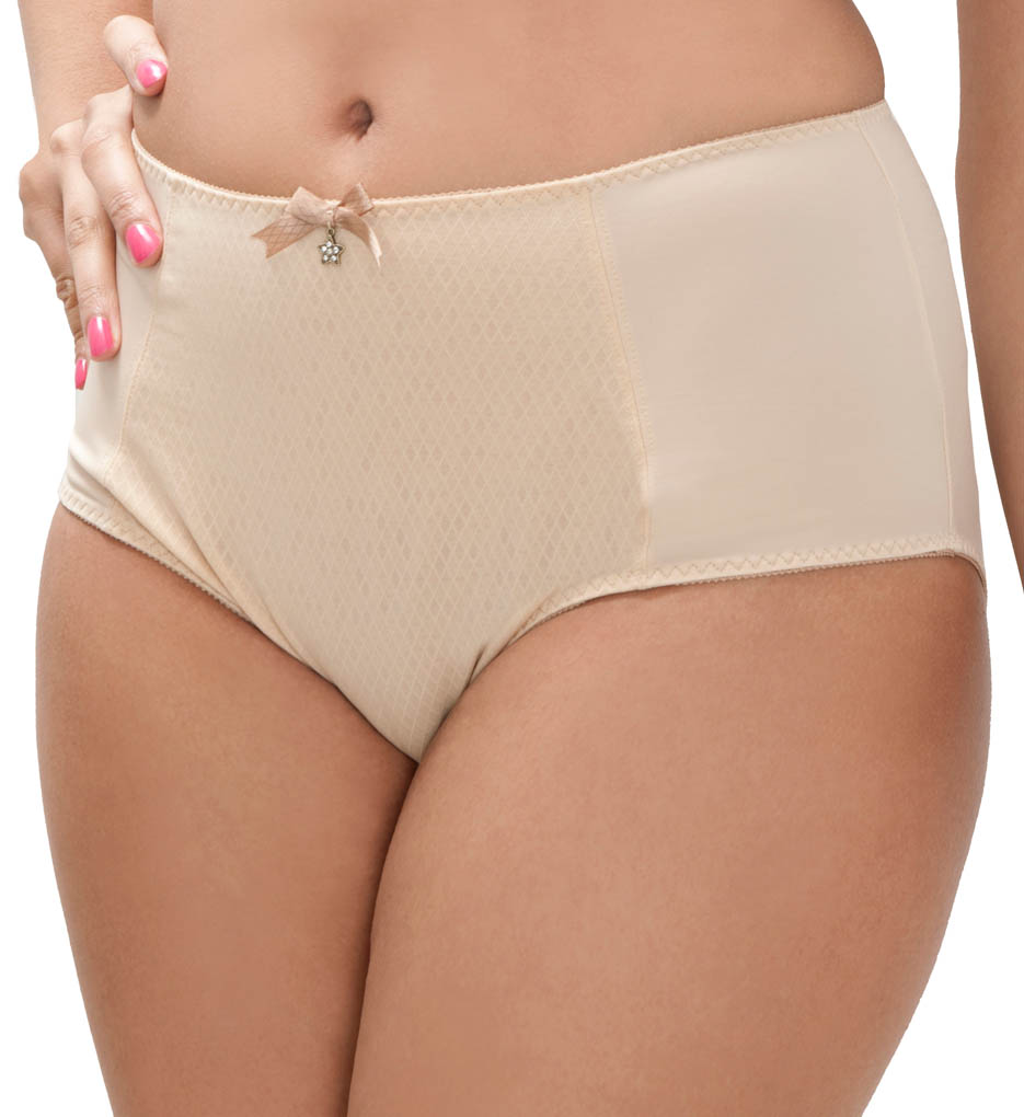 This high-waist panty features a retro look with contrast tape detailing on the front sides, back yoke and leg openings. Made of polyester/elastane.