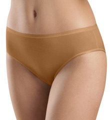 Hanro Smooth Touch Hi Cut Brief Panty 1538