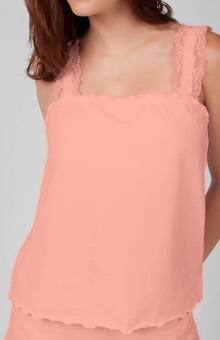 Knock out! Lacy Camisole