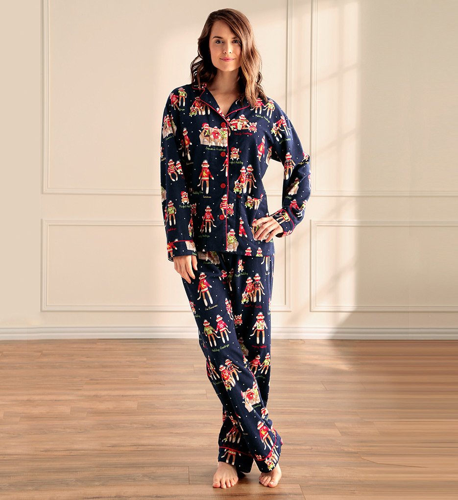 The freshest expecting fashions from Motherhood® Maternity and A Pea in the Pod® are here! Destination Maternity.