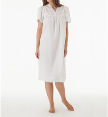 Shadowline Cotton Batiste Gown 4789