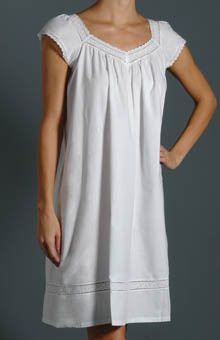 Veronica Short Sleeve Gown