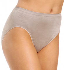 Seamless Hi-Cut Panty