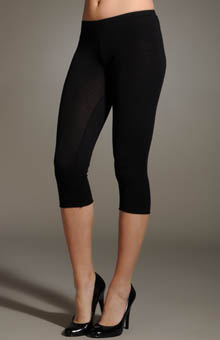 Gauzy Whisper Capri Leggings
