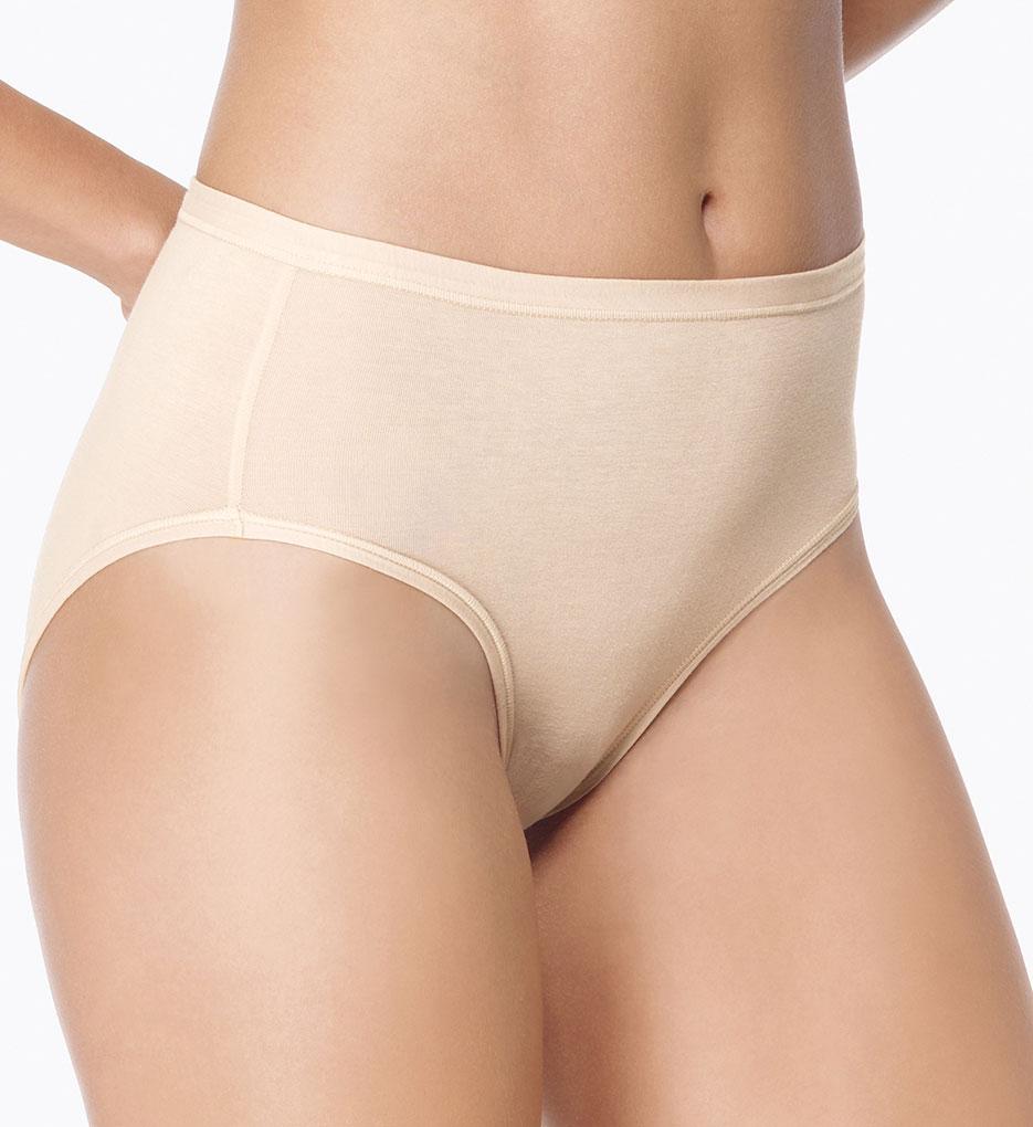 0347826a6764 Wacoal 834241 B Fitting Daywear Hi Cut Brief Panty