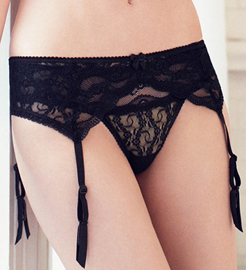 b.tempt'd by Wacoal Lace Kiss Garter Belt