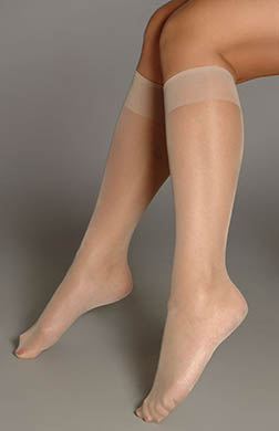 Berkshire Queen Knee Highs Sheer Toe