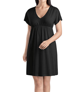Hanro Pilar Short Sleeve Gown with Pockets