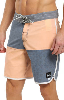 Quiksilver Dane Scalloped Leg Boardshort