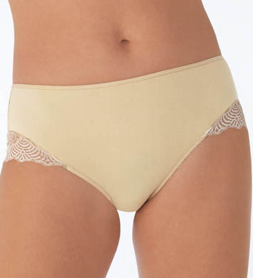 Vanity Fair Light & Luxurious Hipster Panty